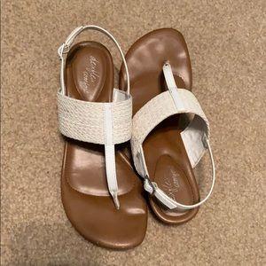 White Thong Sandals, Deflex Comfort